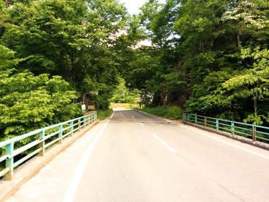 米内の小さい橋にて
